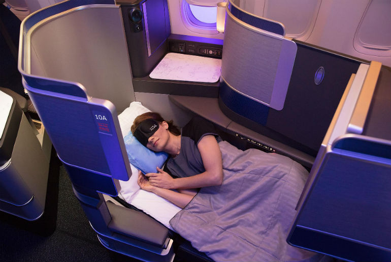 United Airlines Polaris full flat bed